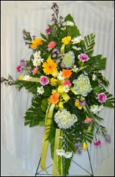 Garden Easel Spray from Hafner Florist in Sylvania, OH